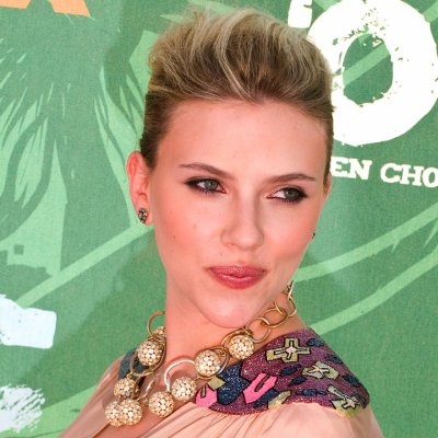 Scarlett Johansson lance son girls band