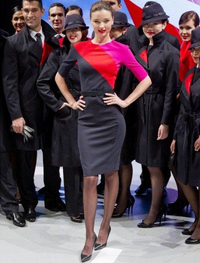 Miranda Kerr, hôtesse de l'air sexy en Australie