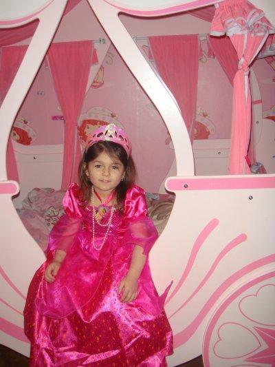 encor ma ptite princesse dans son lit mdrr jtadore