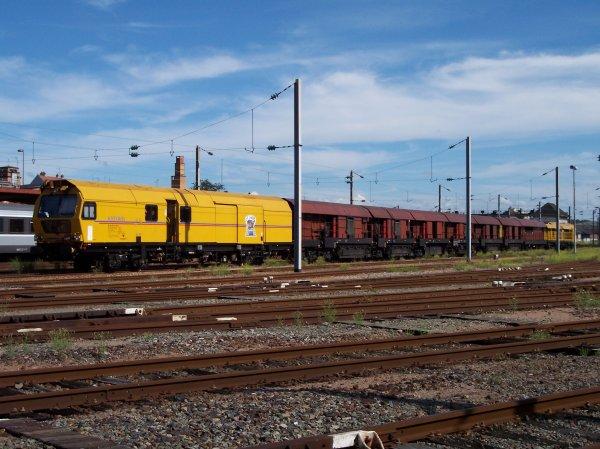 Train meuleur - Grizzly 101 - 99 87 9 127 502-2 - Scheuchzer