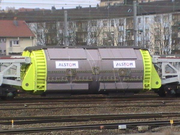 Convoi exceptionnel ferroviaire - 83 87 997 2 001-9 - STSI