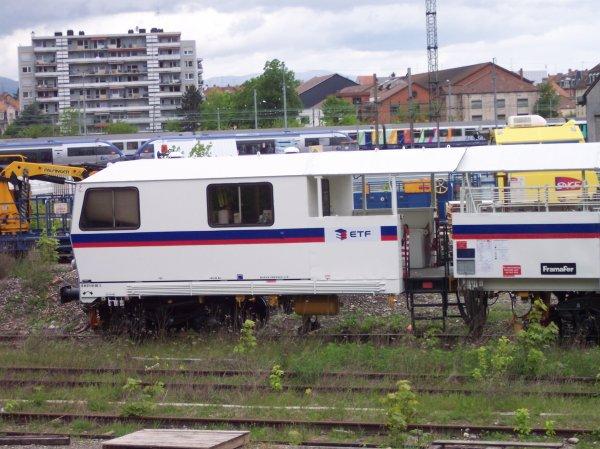 Bourreuse de ligne 109 FRP - 99 87 9 121 520-0 - Eurovia TF