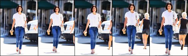 ''─ '26 JUILLET 2017:''  Comme chaque matin, Lucy H. a été vue quittant un « Starbucks » avec son petit café à LA. Une sortie totalement banale pour notre belle Lucy. La tenue est simple mais super sympa, j'aime beaucoup. Je lui donne un - top !