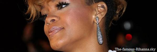 "Rihanna gagne un prix au "" Nrj Music Awards """