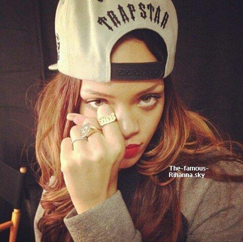 Rihanna ce prépare pour les Grammy Awards