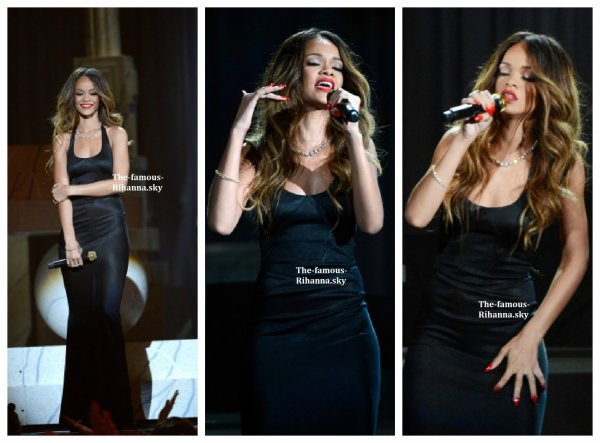 "Rihanna performe "" Stay "" et "" Could You Be Loved "" au "" Grammy Awards """