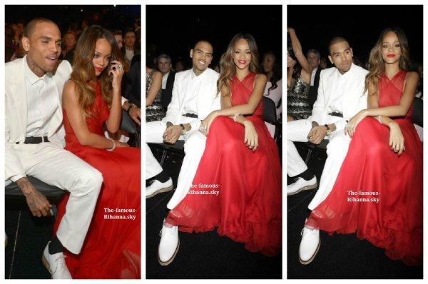 """Rihanna durant la cérémonie des """" Grammy Awards """""""