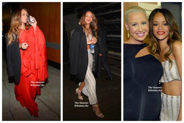"Rihanna dans les coulisses des "" Grammy Awards """