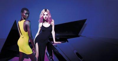"""Photoshoot promotionnelle pour la collection """" River Island """" de Rihanna"""