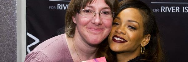 "Rihanna "" River Island "" : Meet & Greet"