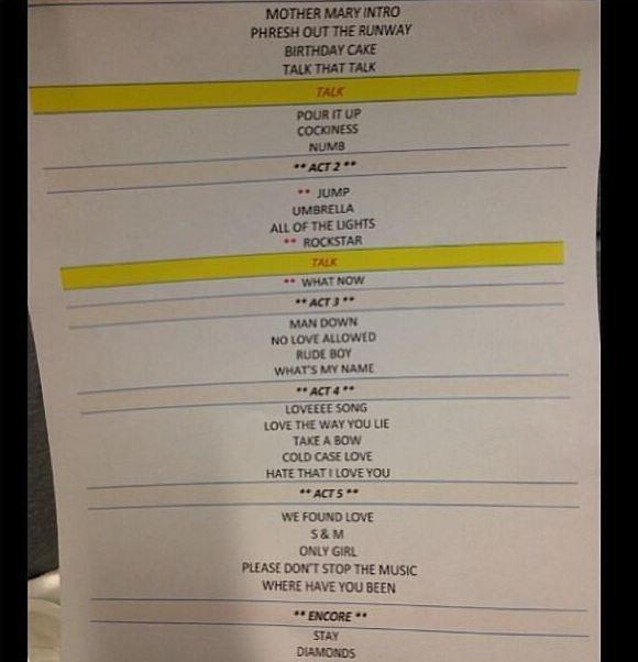 """Rihanna à son premier concert du """" Diamonds World Tour """" à Buffalo"""