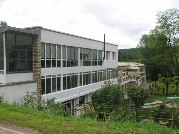 Liverdun : Rénovation des  bâtiment et pistes du golf .