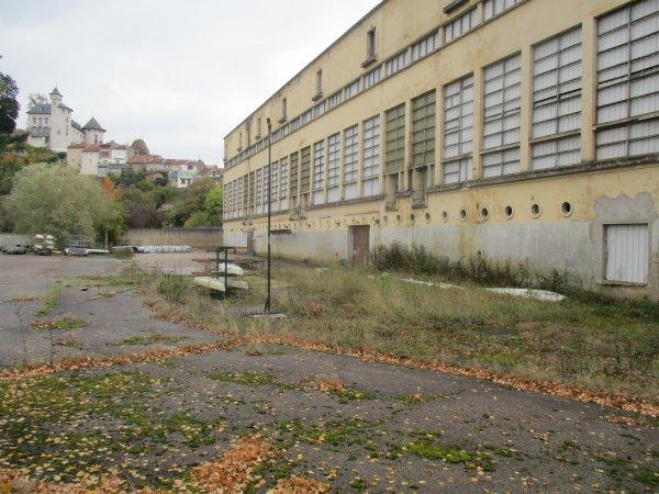 Liverdun :  Dégradation du site St Gobain .