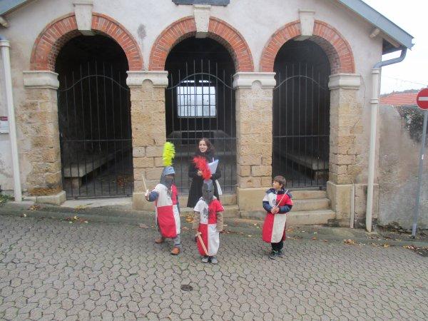 Liverdun : Découverte du village par les juniors.