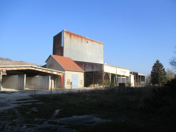 Liverdun : site de l'ancienne briquerie . ( I I )