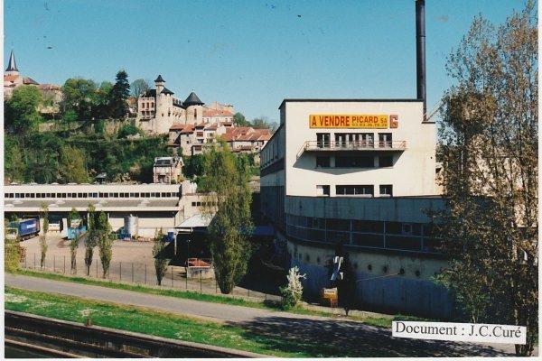Liverdun :  Destruction des bâtiments Lerebourg .