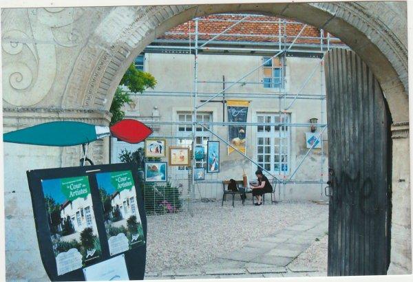 Liverdun : La cour des artistes  ( I ) .