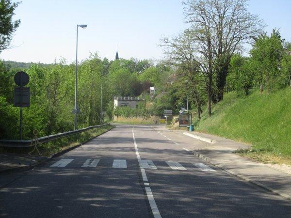 Liverdun : le carrefour de la chapelle.