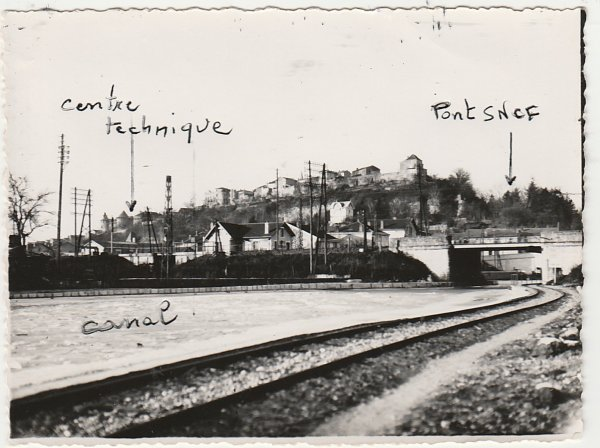 Liverdun : le pont disparu .
