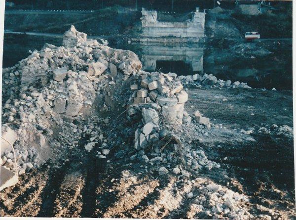 Liverdun : destruction du site  ( I V )