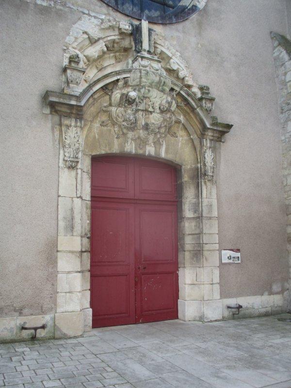 Liverdun :  village ( dé) confiné .