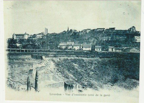 Les sablières du village .