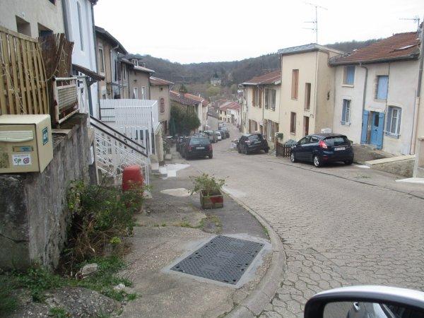 Liverdun : La grande Rue ( I I ).