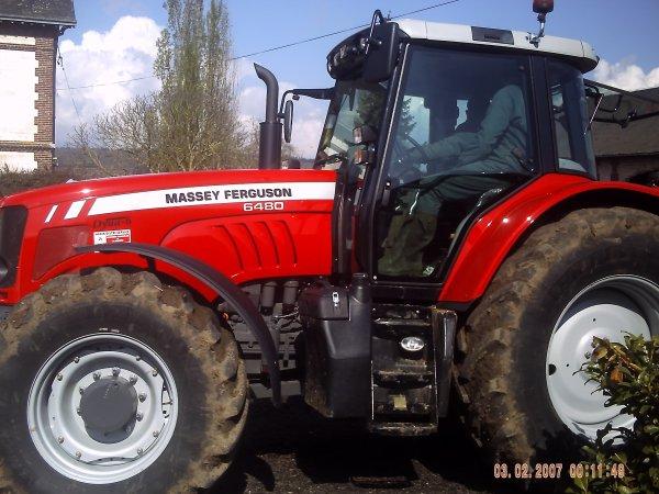 nouveaux tracteur a la ferme