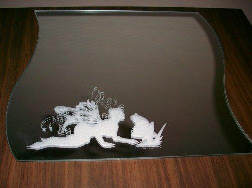 Miroir f e embrassant une grenouille gravure sur verre for Gravure sur miroir