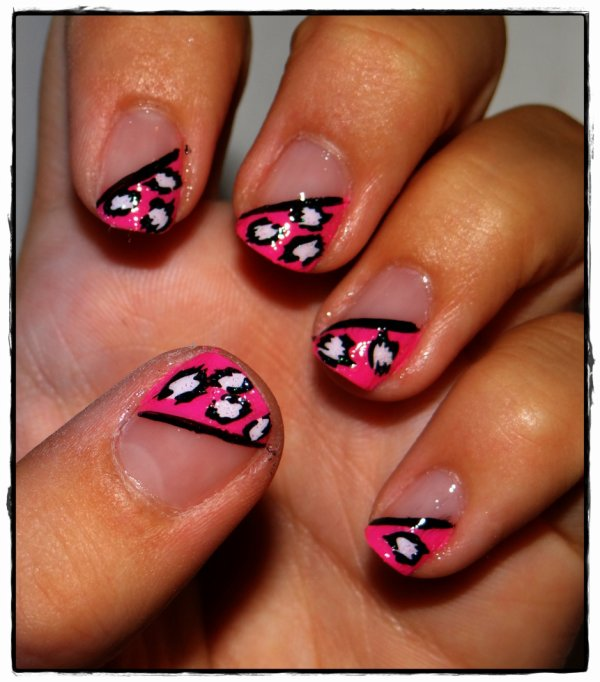 NAIL ART rose léo