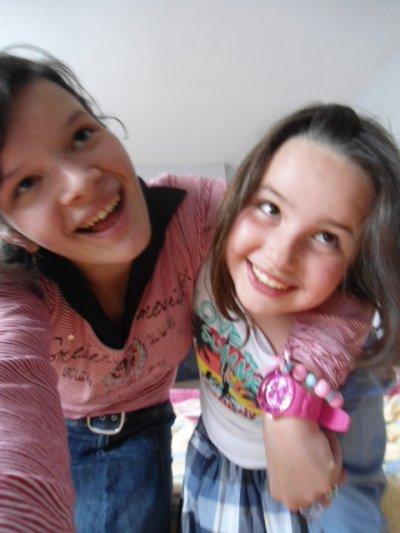 Ma petite soeur de coeur et moi :)(l).