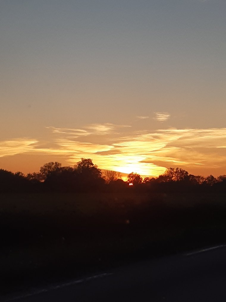 Bonne soirée à demain ,le soleil couchant
