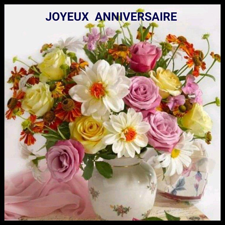 Danielle tout mes meilleurs voeux de bonheur , une bonne santée pour ton anniversaire ,mille bisous fanfan