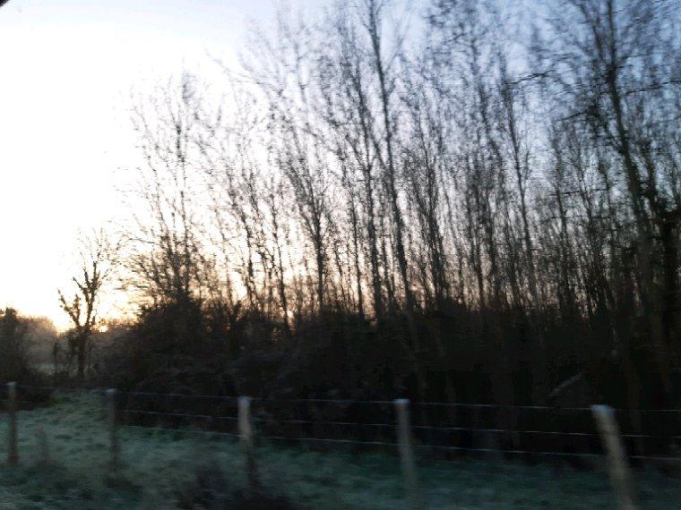 Le soleil ce lève avec un moins 4 ce matin