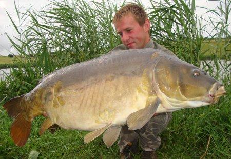 ... ! ! ... Pêche en étang ... ! ! ...