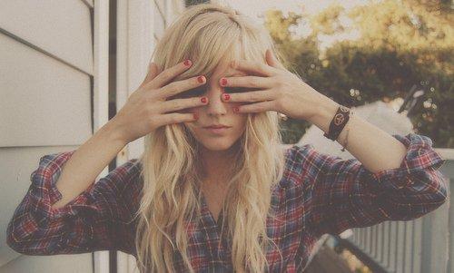 Loin de tes yeux, les miens ne voient plus rien. Mon coeur ne bat plus, sans le rythme du tien.. ♥