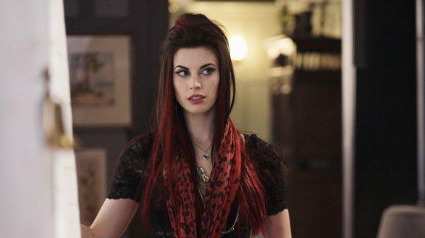 Meghan Ory / Ruby - Le Petit Chaperon Rouge