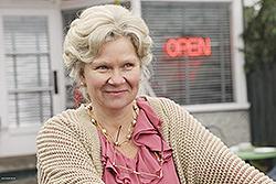 Beverley Elliott / La Veuve Lucas - Granny