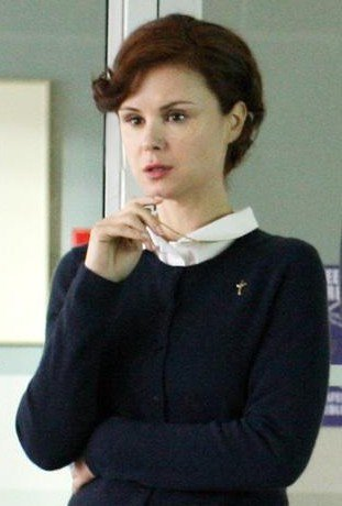 Mère Supérieure / Keegan Connor Tracy