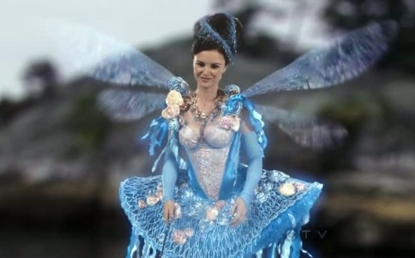 Fée Bleue / Keegan Connor Tracy [Page Wiki Once Upon A Time]