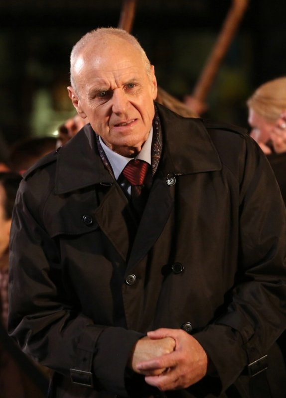 Albert Spencer / Alan Dale [Page Wiki Once Upon A Time]