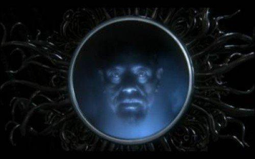 Giancarlo Esposito / Evil Queen's mirror - Génie  -  Sidney