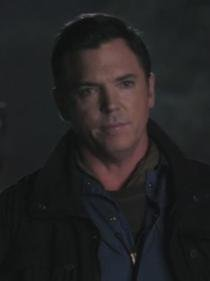 Michael Tillman / Nicholas Lea [Page Wiki Once Upon A Time]