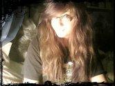 Mes cheveux représentent un réel problème dans ma vie quotidienne. Je les laisse donc faire un peu.. ce qu'ils veulent.