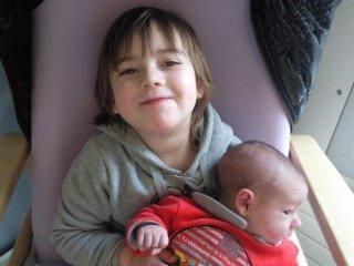 Fiona et son petit frere
