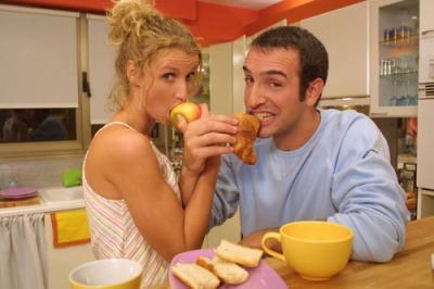 Un gars une fille chouchou et loulou - Un gars une fille dans la cuisine ...