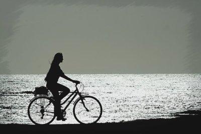 La vie, c'est comme une bicyclette, il faut avancer pour ne pas perdre l'équilibre.