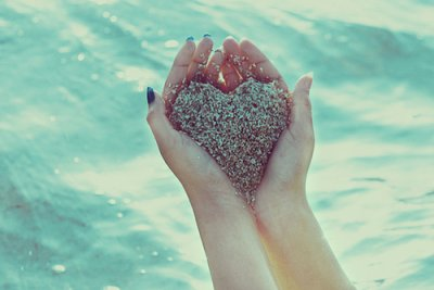 On sait toujours ce que les autres sont pour nous,  jamais ce que nous sommes pour les autres. ♥