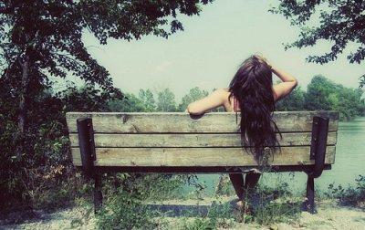 J'suis tombée amoureuse comme on tombe malade , comme sa en un gros coup de vent ...