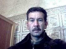 bonjour tous le monde , je suis un jeune de 37 ans je cherche les  femme et  mec de toute age